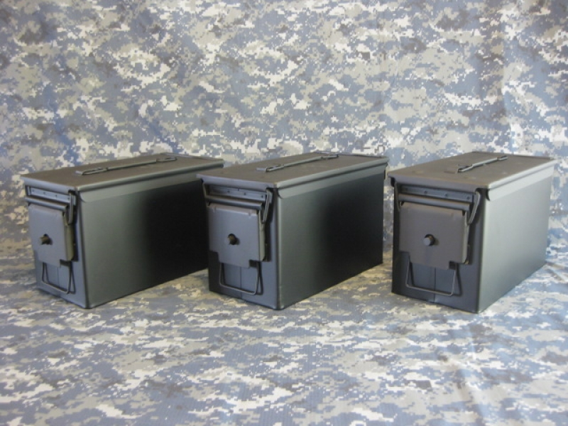 AMMO CAN HANDGUN CASE, VERY COOL, DOUBLE GUN, .50 AMMO BOX, .50 CAL, FLAT BLACK WITH GLOSS BLACK TOP