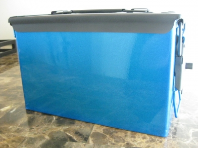 AMMO CAN HANDGUN CASE, VERY COOL, DOUBLE GUN, .50 AMMO BOX, .50 CAL, HAWAIIAN BLUE  WITH BLACK TOP