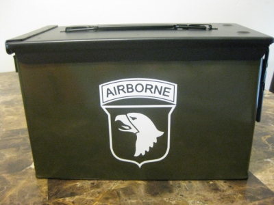 VERY COOL, DOUBLE GUN, .50 AMMO BOX, .50 CAL, OD GREEN 101st AIRBORNE VERSION WITH BLACK TOP. A PERFECT GIFT IDEA!